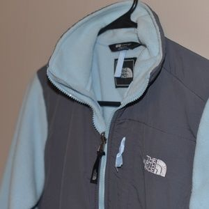The North Face Jackets & Coats - The North Face Denali Women's Small Fleece Jacket